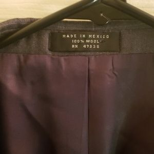 Jones New York Suits & Blazers - Jones New York Gray Blazer 46R